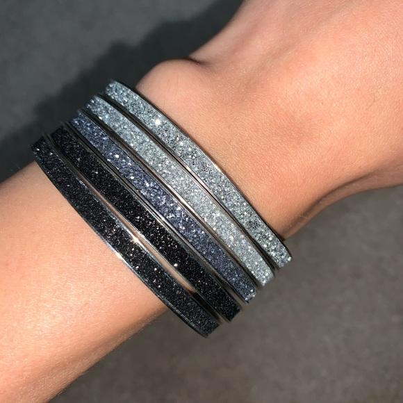 5 glittery bracelets